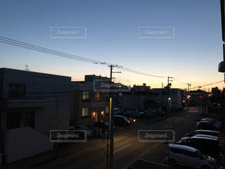 日常の夕暮れの写真・画像素材[956948]