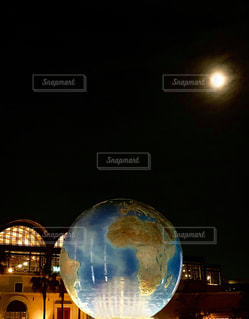 月と地球の写真・画像素材[1684804]