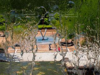 公園,水,水滴,噴水,裏側,噴水の裏