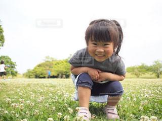 子ども,公園,夏,子供,女の子,人,笑顔,幼児,初夏,夏服,半袖