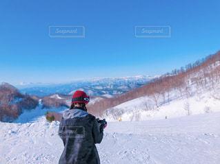 自然,絶景,雪,青空,後ろ姿,雪山,山,人物,背中,人,後姿,スノボ,ゲレンデ,群馬,スノーボード,スノボ女子