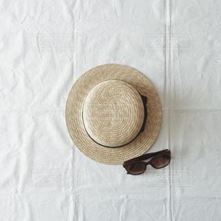 夏,サングラス,帽子,眼鏡,麦わら帽子,メガネ,日の丸構図,カンカン帽