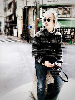 街角のカメラマンの写真・画像素材[1111909]