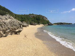 沖縄県浜比嘉島のビーチの写真・画像素材[1042509]
