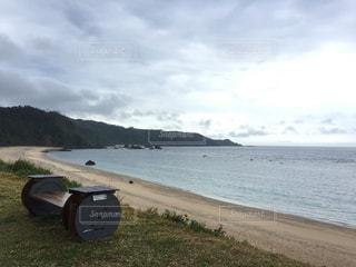 沖縄県国頭村にあるアダンビーチの写真・画像素材[1042716]