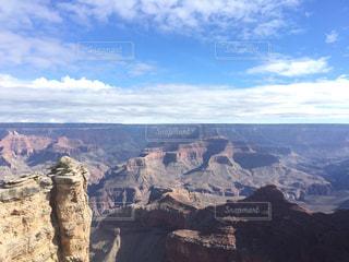 アメリカグランドキャニオンの青空の写真・画像素材[1096290]