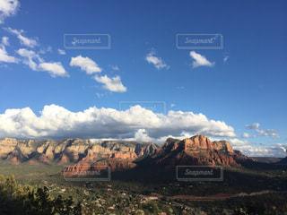 アメリカグランドキャニオンの青空の写真・画像素材[1096334]