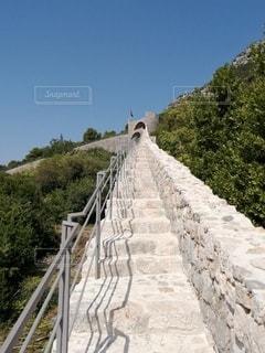 長〜い階段の写真・画像素材[2742885]