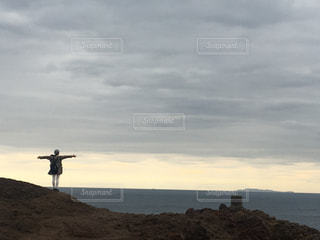 後ろ姿,水平線,お正月,女子旅,山口,国内旅行,2019,龍宮の潮吹き