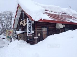 豪雪地帯にあるスープカレー屋さんの写真・画像素材[4200443]