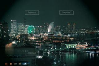 夜の街の景色の写真・画像素材[1567830]