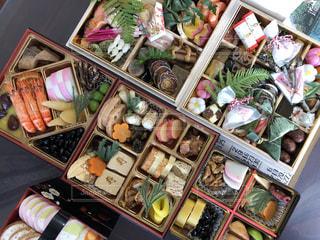 料理の種類でいっぱいのボックスの写真・画像素材[970041]