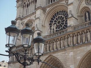 風景,街並み,海外,散歩,ヨーロッパ,観光,旅行,旅,フランス,パリ,街灯,教会,Paris,海外旅行,ノートルダム