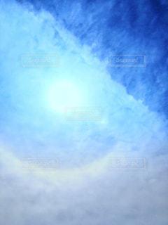 日傘雲の写真・画像素材[2419343]