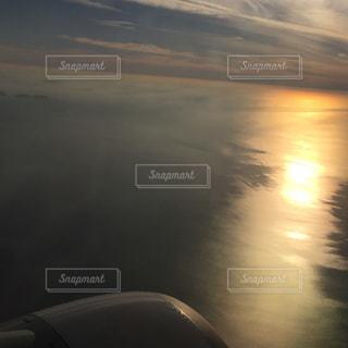 空,夕日,綺麗,夕暮れ,空の上,飛行機,景色,外国,沈む夕日