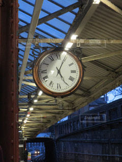 駅の時計の写真・画像素材[1048978]