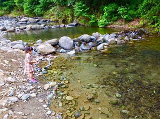子ども,自然,アウトドア,川,女の子,釣り,休日,お出かけ,鮎釣り