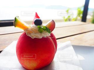 スイーツ,カフェ,ピンク,海辺,デザート,果物,旅行,休日,食べ歩き,丸ごと