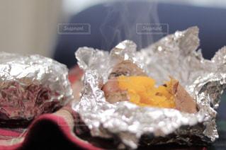 安納芋の焼き芋の写真・画像素材[1834239]