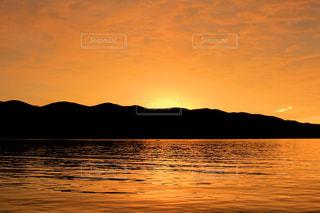 海と夕焼けの写真・画像素材[982741]