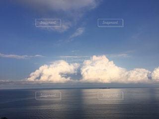 海,空,白,雲,青空,青,鮮やか