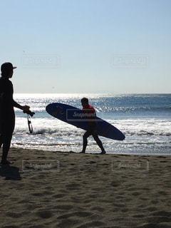 サーフィンと写真の写真・画像素材[1002003]