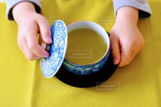 手,子供,パーツ,4歳,緑茶,日本茶,湯呑み,greentea,前茶