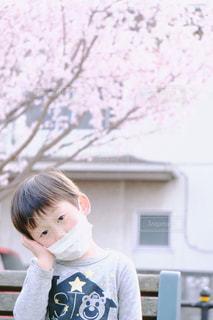 子供も花粉症の写真・画像素材[1103810]