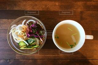 スープとサラダの写真・画像素材[1062794]