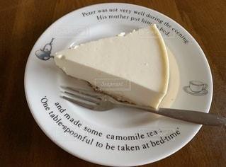 レアチーズケーキ⁇😉ヨーグルトケーキね👍✨の写真・画像素材[3449932]
