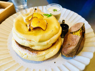 種子島熊野農園安納芋の焼き芋パンケーキの写真・画像素材[1807875]