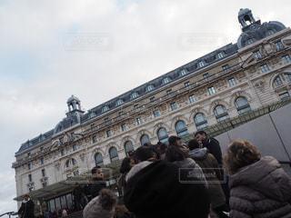 空,屋外,海外,人,フランス,パリ,昼,美術館,休日,行列,お出かけ,見る,オルセー美術館