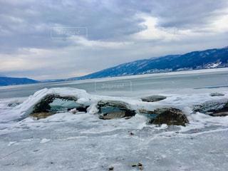 自然,風景,空,冬,雪,屋外,日本,長野,長野県,諏訪湖,諏訪,多色,諏訪市,諏訪湖の御神渡り,御神渡り