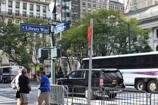 アメリカ(ニューヨーク)の五番街の写真・画像素材[1001022]