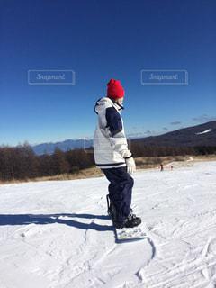 男性,雪,男子,ニット帽,ゲレンデ,スノボー,スキー場,スノーボード,ウェア