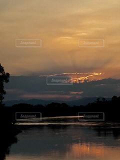空,夕日,夕焼け,川,景色,夕陽,岩手県一関市