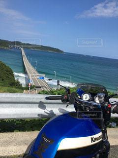 角島大橋とバイクの写真・画像素材[1001416]