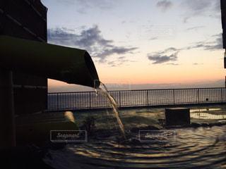 海,温泉,夕日,屋外,サンセット,露天風呂
