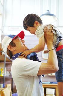 父親と子供の写真・画像素材[2187600]