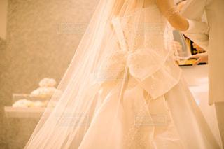 後ろ姿,結婚式,ドレス,リボン,wedding,happy,新郎,新婦,前撮り,挙式,ウエディングドレス,祝福,ribbon