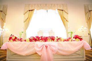 花,屋内,ピンク,結婚式,お花,鮮やか,薔薇,椅子,ハート,装飾,ウエディング,wedding,flower,前撮り,pink,高砂,結婚式場,祝福,ぴんく