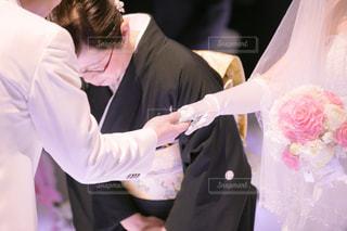 ウェディング ドレスの男女の写真・画像素材[1232080]