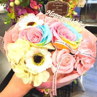 近くの花のアップの写真・画像素材[1371709]