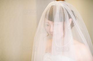 女性,屋内,白,結婚式,ドレス,人物,人,ウェディングドレス,wedding,ホワイト