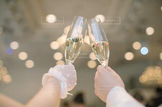 女性,男性,2人,飲み物,屋内,結婚式,人物,人,イベント,ワイン,グラス,乾杯,ドリンク,パーティー,手元