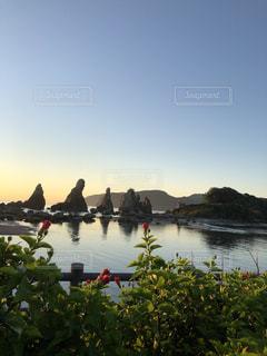 真夏の海と朝朝日を見た帰り、ふと振り返るととても綺麗な光景を見つけたので、思わず写真を撮りました☆の写真・画像素材[3573251]