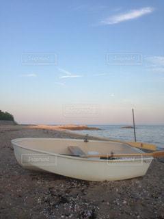 砂浜のボートの写真・画像素材[1009791]