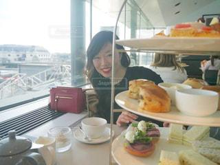 空,街並み,海外,窓,景色,スコーン,イギリス,ロンドン,紅茶,休日,アフタヌーンティー,英国,ナショナルギャラリー