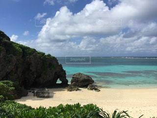 宮古島にあるハートのビーチの写真・画像素材[1017919]