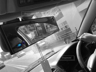 青,黒,車,車内,人物,休日,ミラー,ドライブ